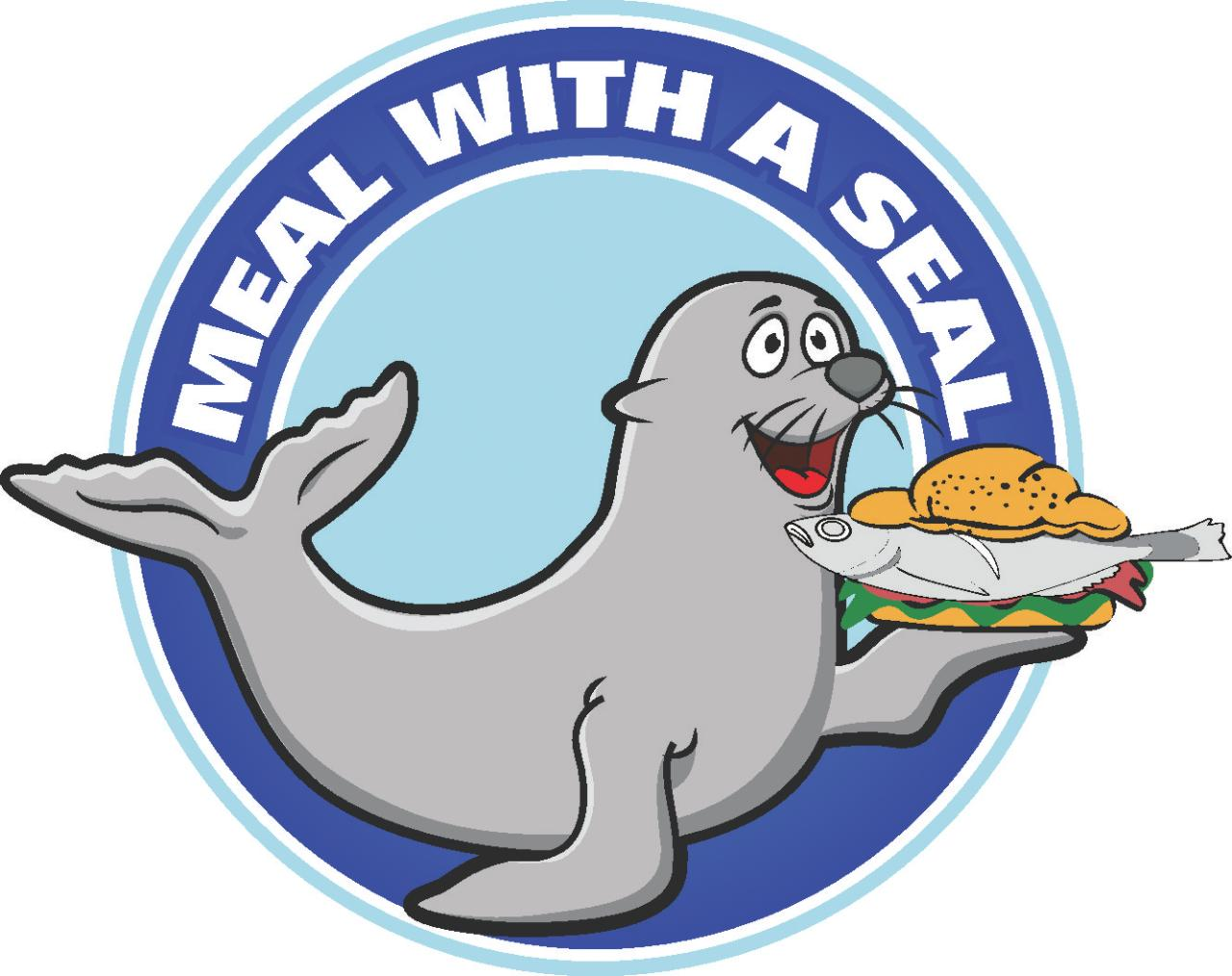 Meal with a seal + Guided lighthouse tour