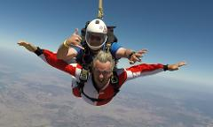 Tandem Skydive - 14'000 feet - groups of 10+