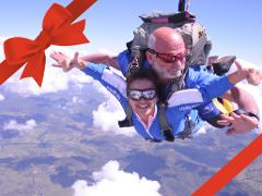 Tandem Skydive - 14'000 feet - groups of 4+ - Gift Card