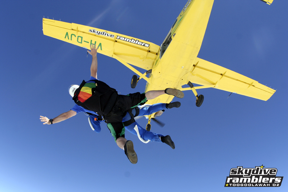 Tandem Skydive - 14'000 feet