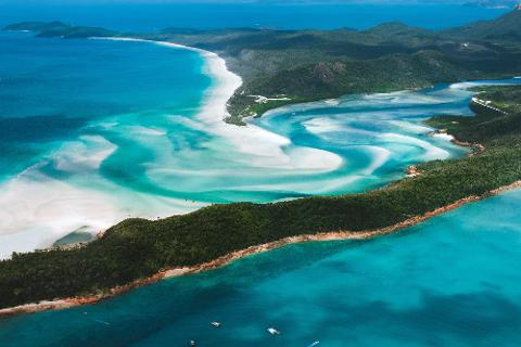 Lady Enid Sailing - Whitehaven Beach