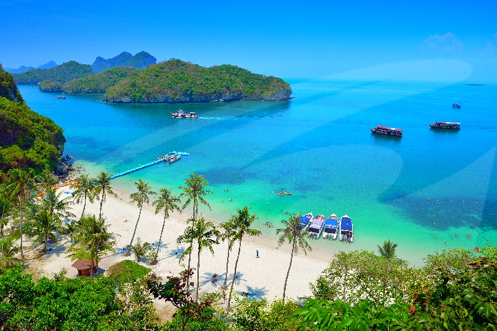 Ang Thong Adventure Snorkeling & Sightseeing by Speedboat