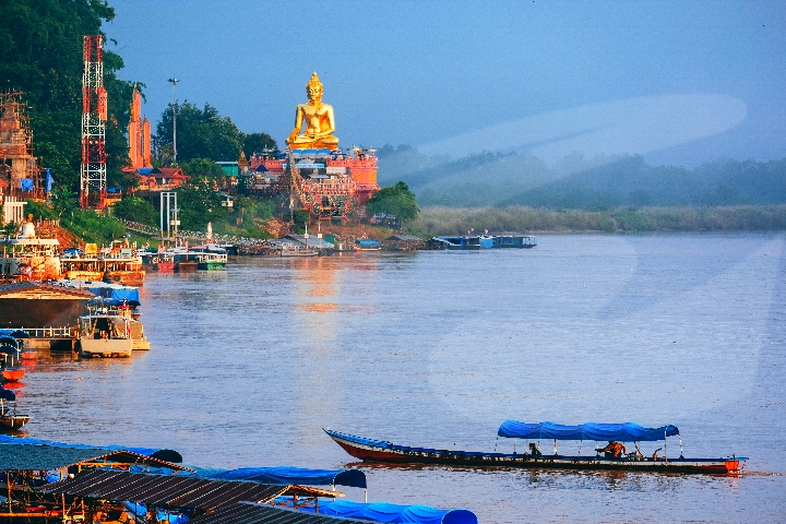 Myanmar Border-Crossing & Mae Khong River Cruise Tour