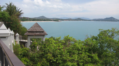 Around the Island Tour with Lunch & Spa Treatment