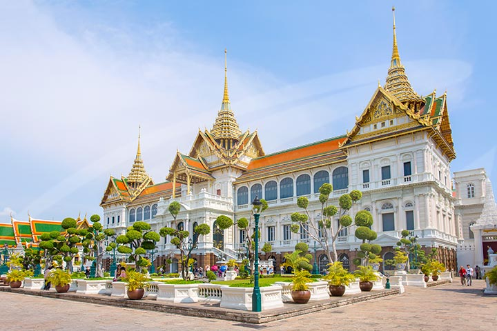 Private Morning Tour to Grand Palace along Thonburi Klongs
