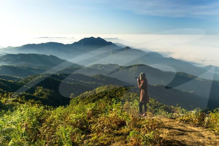 Doi Inthanon National Park Tour with Kew Mae Pan Trail
