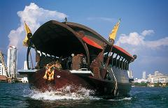 Manohra Luxury Dinner Cruises by Anantara Bangkok