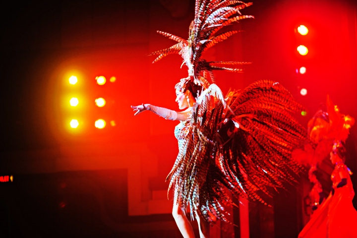 Alcazar Cabaret Show with Transfers - 8.00pm