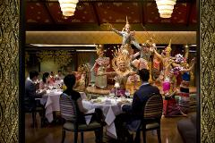 Sala Rim Naam Dinner and Show at Mandarin Oriental in Bangkok