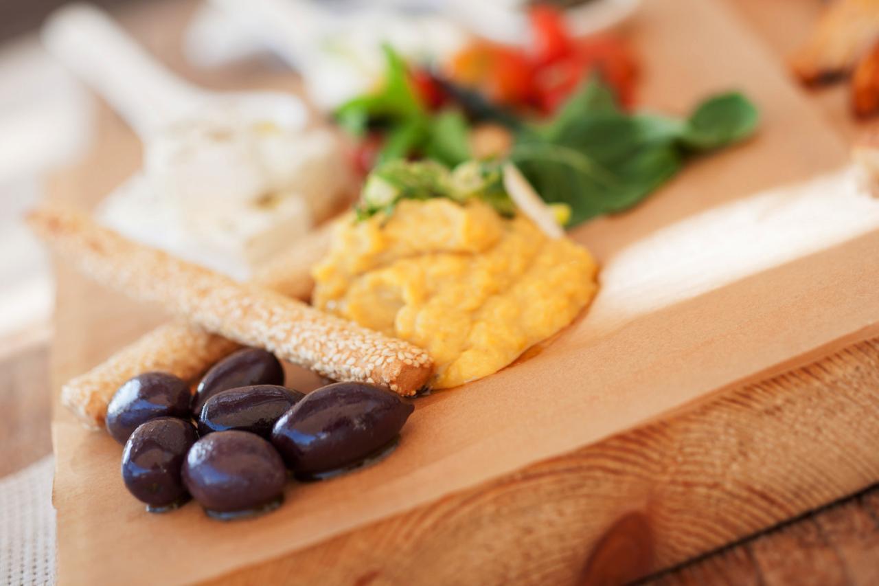 GREEK FOOD AND WINE TASTING - AFTERNOON TOUR