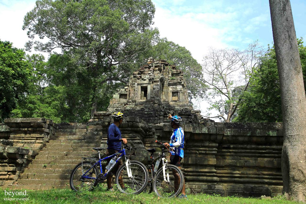 Temples Cycling Adventure 30km (Private Tour)