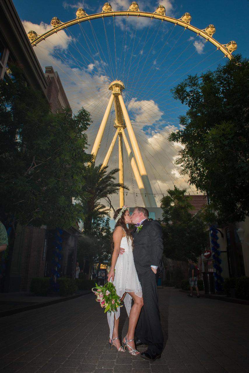 High Roller Ceremony: Top of the Sky