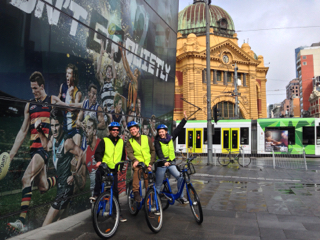 A Personalised Best of Melbourne Tour - Docklands start