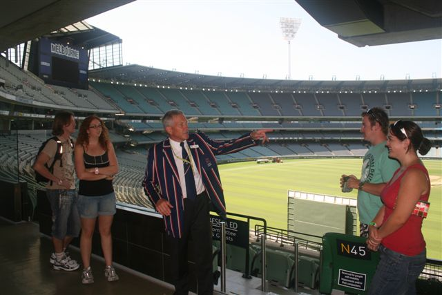 Melbourne Sports Lovers Morning Tour with Melbourne Cricket Ground