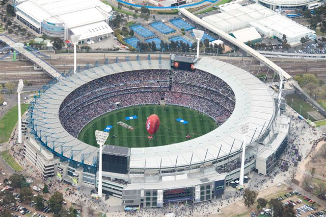 Melbourne Sports Lovers 3/4 day Tour with Melbourne Cricket Ground and National Sports Museum