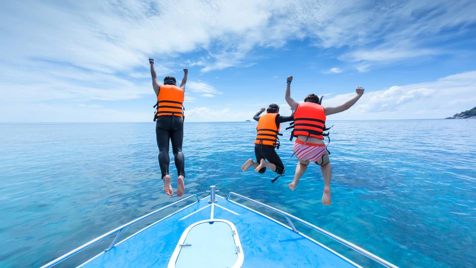 Ocean Bliss: Full Day Arrábida Yacht Shared Tour