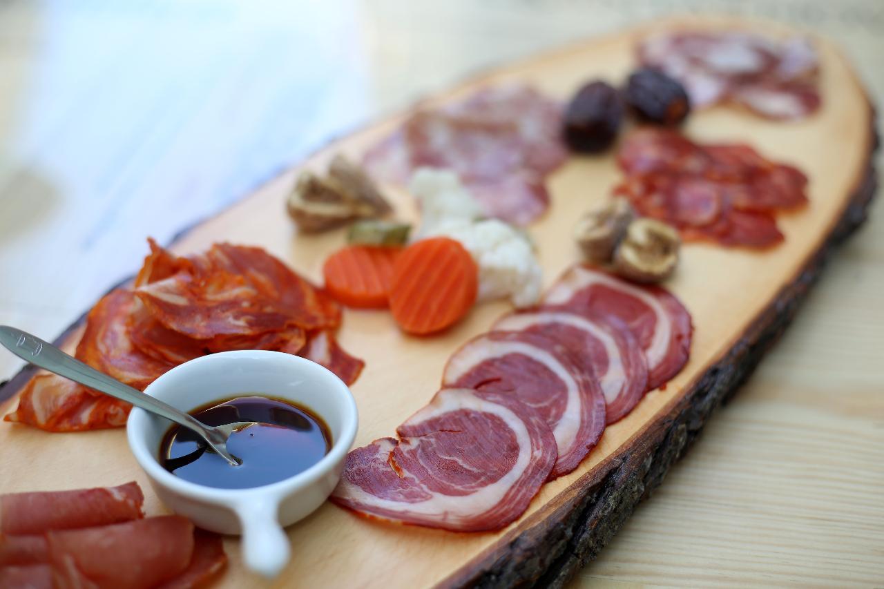 Lisbon Port Wine and Tapas Tasting