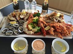 Private 1.5hr Seafood and Champagne Cruise