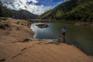 Heli-Fishing Herbert River Gorge