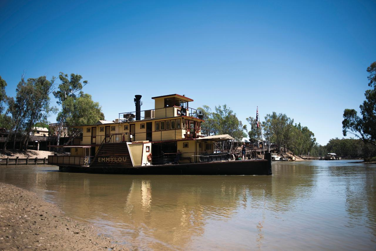 GOLDFIELDS MURRAY RIVER & BUSHRANGER TOUR Goldfields, Echuca, Rutherglen - Duration: 3 days