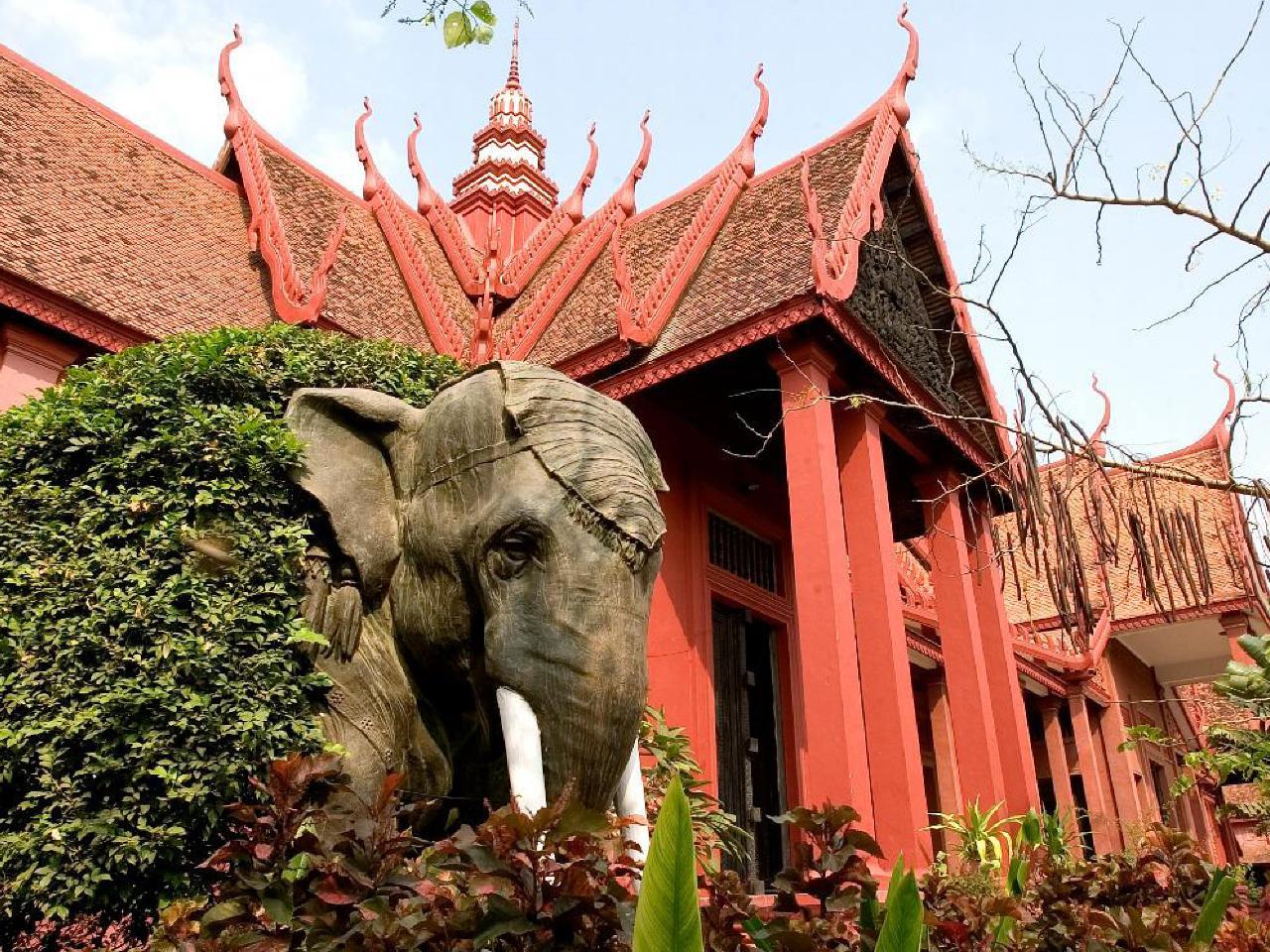 Private Journeys : Cambodia Culture