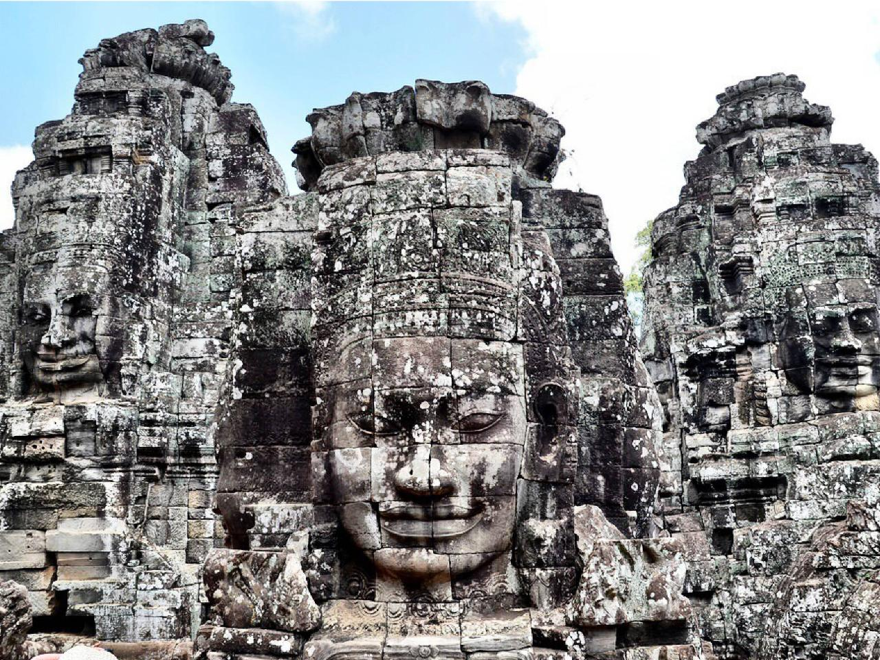 Private Journeys : Capital & Angkor