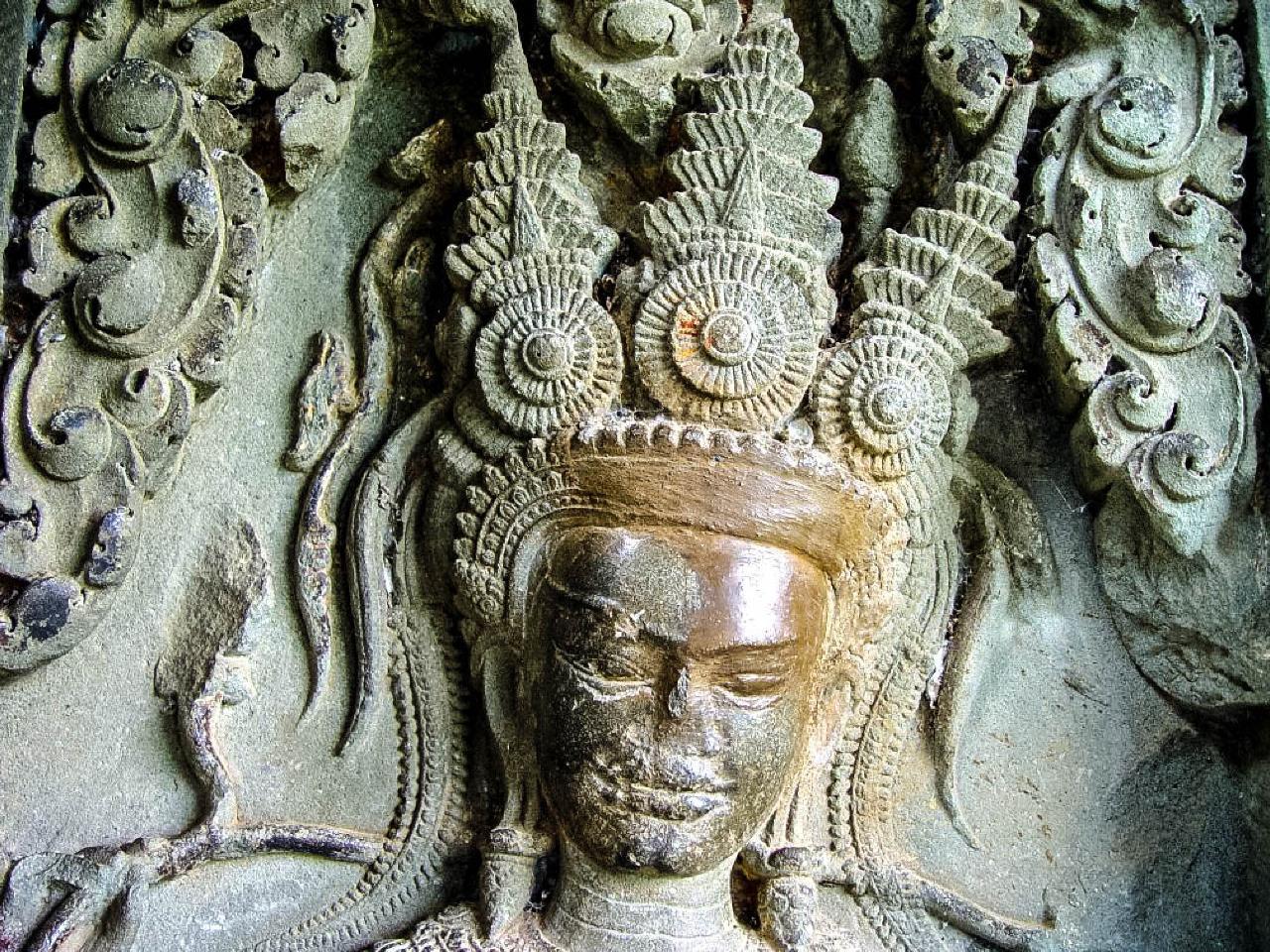 Group Journeys : Angkor & Vietnam Discovery