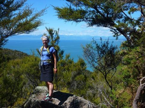 "Abel Tasman ""Off The Beaten Track"" for fit Walkers"