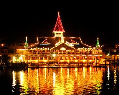 Holiday Cruises Christmas Boat Parade 15 Pengers
