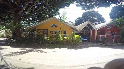 D Lucky Garden Inn House accomodation