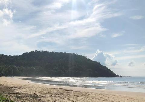 Nagtabon Beach Roundtrip van transfers