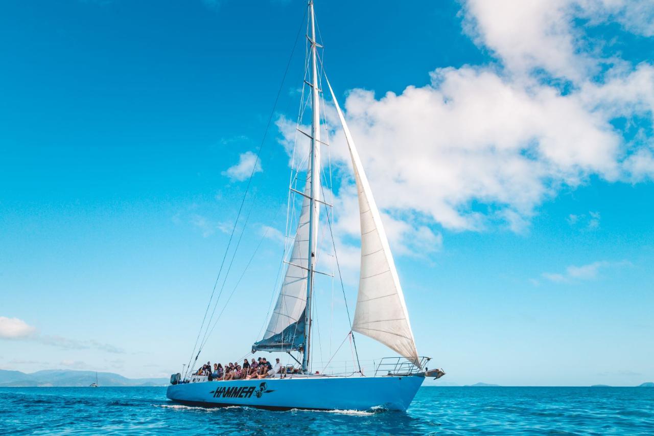 Hammer Maxi Sailing Whitsundays (2 day/1 night) - Half