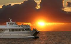Maui Quicksilver Sunset Dinner Cruise
