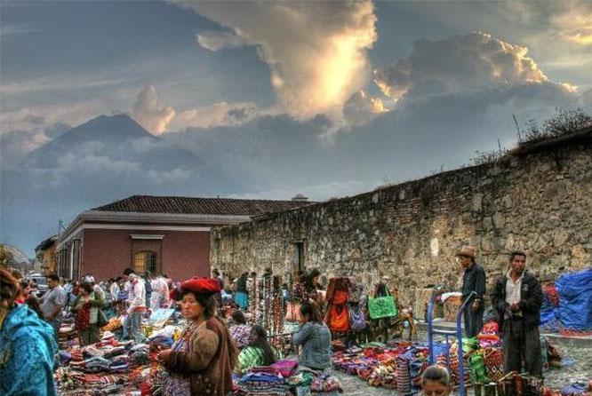 ANTIGUA GUATEMALA DEPARTING FROM GUATEMALA CITY