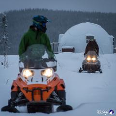 Borealis Basecamp: Snow Machining 雪地車
