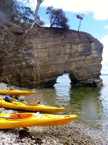 Kayak Hobart's Cliffs, Caves and Beaches Tasmania Australia