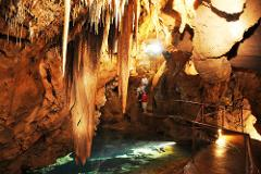 Jenolan Caves and Blue Mountains Private Tour