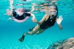 Coral Bay: Coral Viewing & Snorkeling Tour