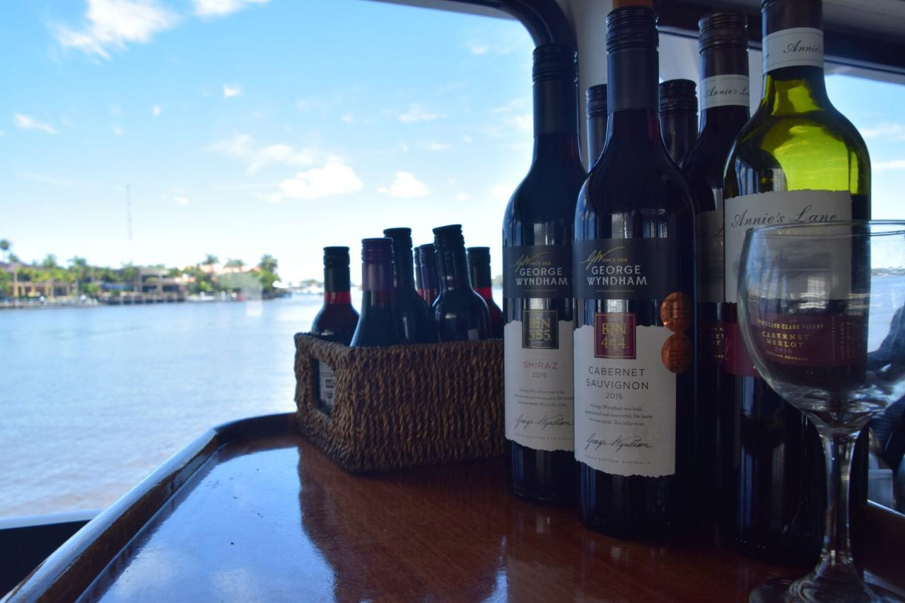 Sunset Cruise with Wine Tasting on Whale One