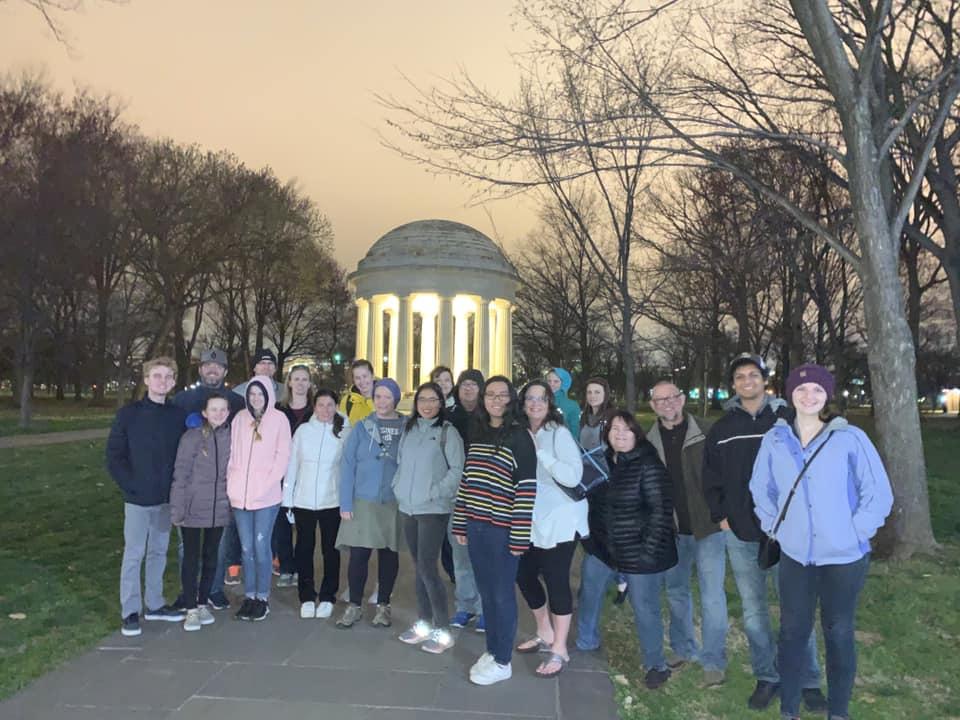 Washington's Memorials By Moonlight Walking Tour