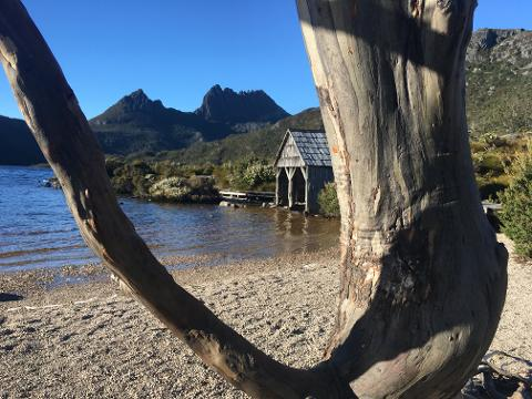 2 Day – Cradle Mountain & Lake St Clair camp fire tour Tasmania Australia