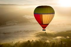 Yarra Valley Balloon, Wildlife, Wine & Food Day Tour