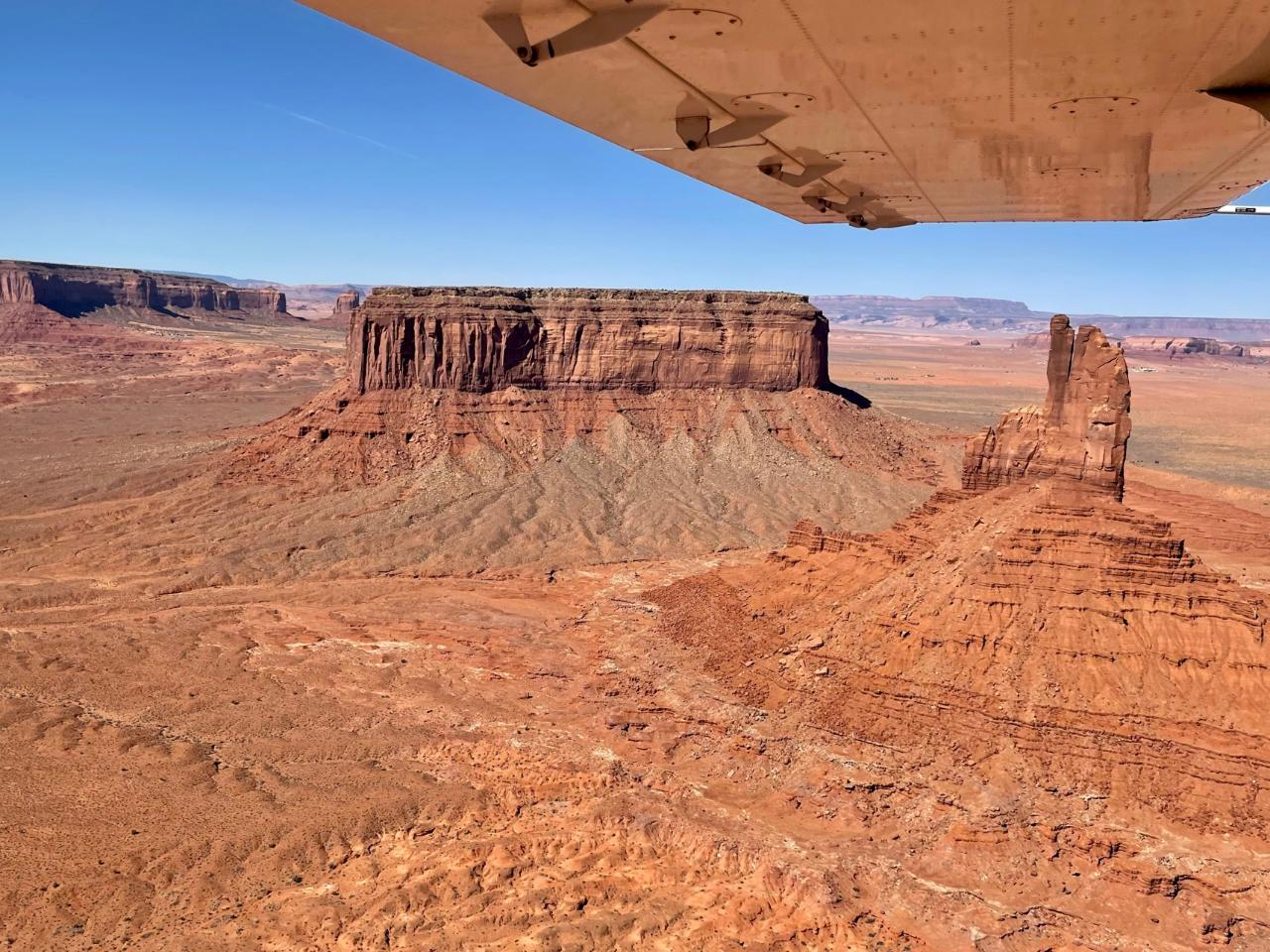Monument Valley & Canyonlands National Park Combo Tour