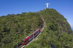 Meio Dia no Rio - Cristo Redentor em Trem, Maracanã, Sambódromo, Catedral e Escadaria Selarón