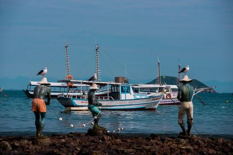 10_Monumento_dos_Tres_Pescadores