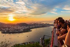 Experiência Rio Sunset - Cristo Redentor, Catedral, Escadaria Selarón e Pôr do Sol no Pão de Açúcar