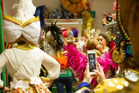 6393d70c8b3d4e4eaa08156cfcc7339f10_Carnaval_Experience