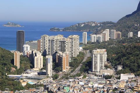 74400fb1982a4400bd9aef8228d3896307_Favela_Tour_BAL