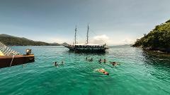 Ilha Grande e Angra dos Reis com Passeio de Saveiro e Almoço