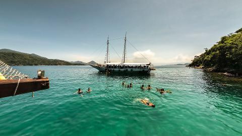Ilha Grande und Angra dos Reis mit Schoonerfahrt und Mittagessen
